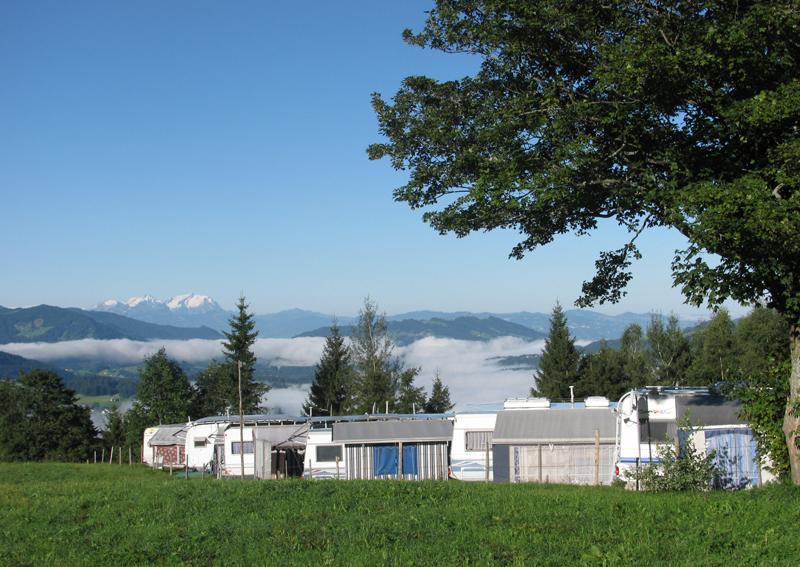 Der Campingplatz Hochlitten im Sommer